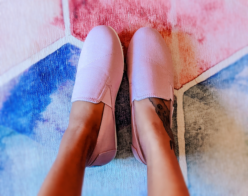Miss Moody Lilac new shoes Tom's