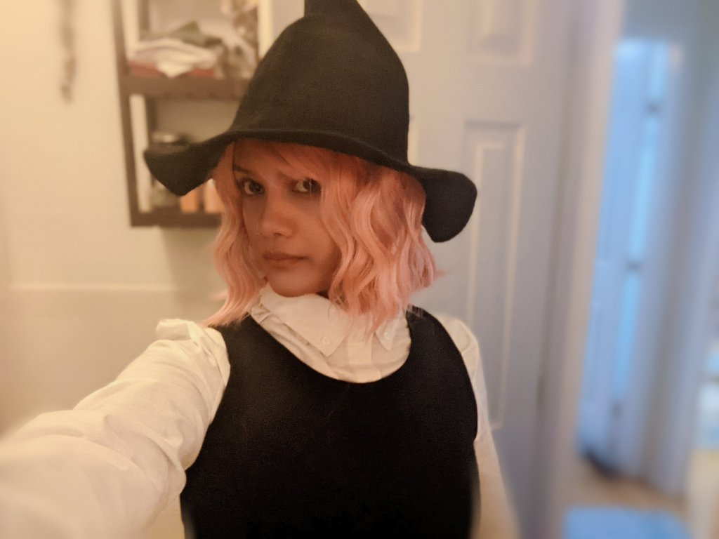 Miss Moody lilac Susie cosplay starting point. No ears or other accessories.