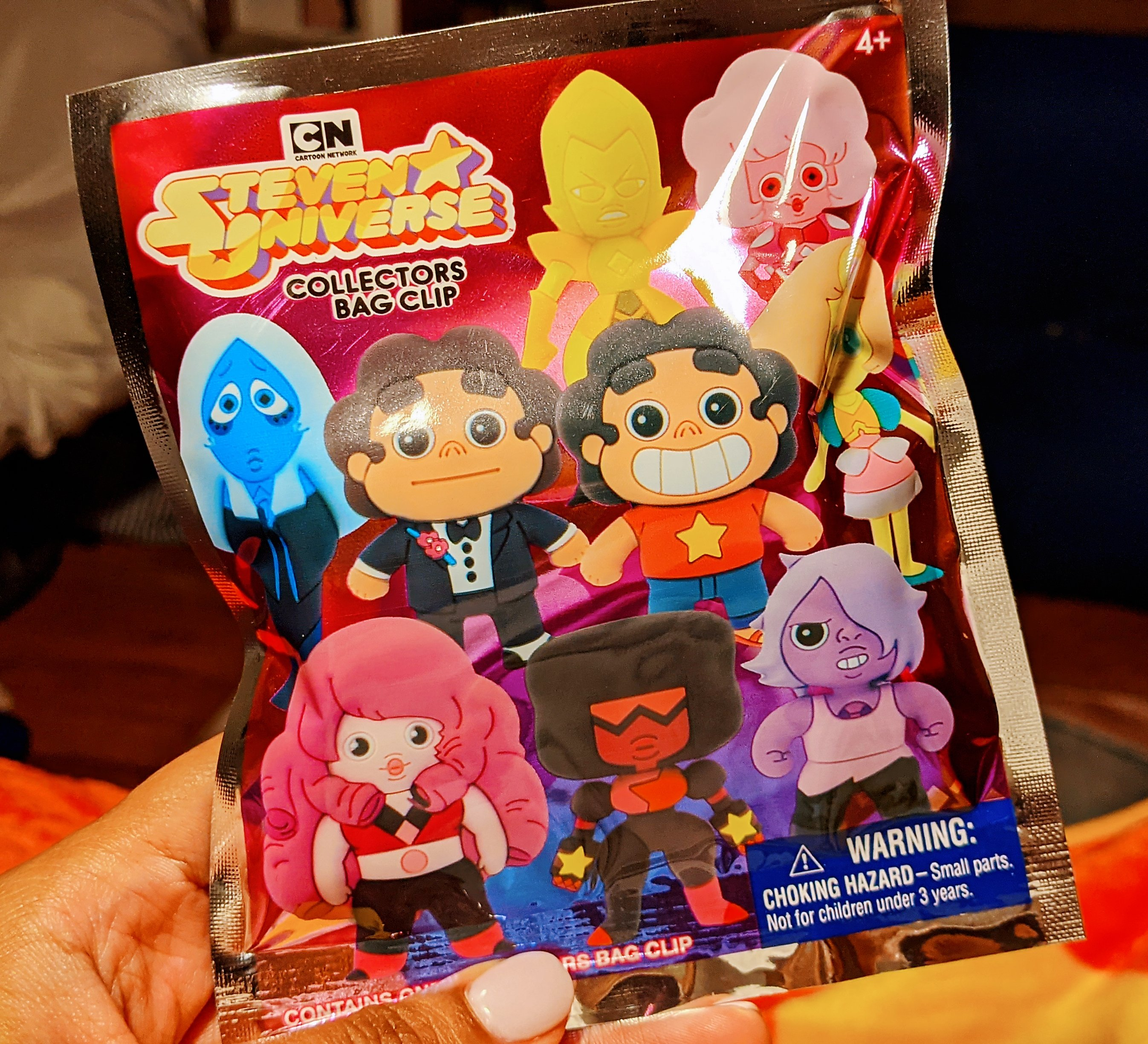 Miss Moody Lilac Steven universe mystery box. Collectors bag clip blind bag